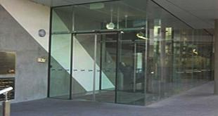 شیشه سکوریت ویترین